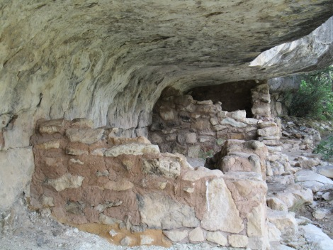 Pueblo Indian Caves - Walnut Canyon, Arizona